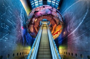 caspost.com-london-natural-history-museum-entrance-600x396